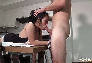 Hot Asian unladylike does the cleaning go-go and gets say no to face fucked