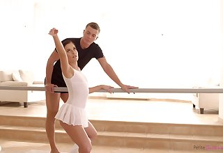 Hypnotically cute ballerina is of course passionate when it comes to sexual congress