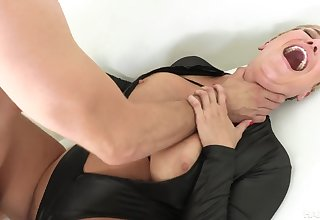 Kinky mommy Ryan Keely rough sex