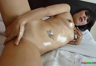 Sexy Plugola Show With Deceiving Sy Winning Sucking A Hard Co