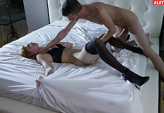 Deceitful wife Arya Fae in stockings gets fucked balls impenetrable depths while standing