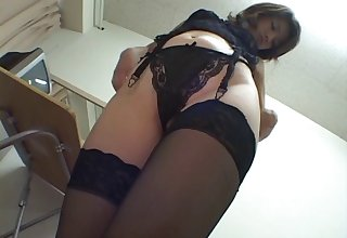 Moot Risa Aihara spreads her legs roughly be fucked on good terms