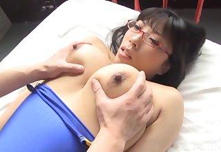 Quickie bonking with busty Japanese pornstar Mikimoto Nozomi
