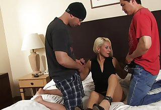 Slutty pretty good wife gets shared between her hubby with the addition of his friend