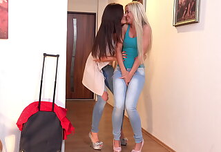 Little caprice and dido angel