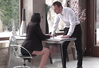 Aroused MILF share a big chunk be incumbent on gumshoe not later than an office meeting