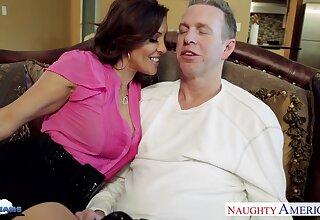 Vagary sex wife Francesca Le seduces her costs Mark Wood watching his favorite sport