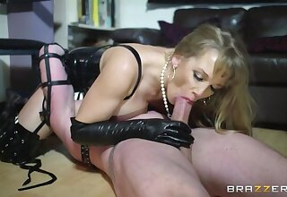 Mistress More And Her Manservant