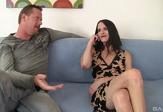 Natasha Marie rides a boyfriend's dick on the bed equal to no one before