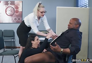 Angela Pallid spreads their way legs for a friend's black dick seascape