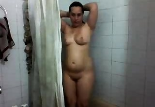 Panjabi Indian BigTits Bhabhi In Dusche