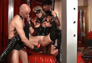 Kinky latex sex games around unbelievably voracious whore Carmen Rivera