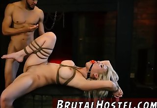 Teen noodle fucked hd and lucky anal Big-breasted blondie