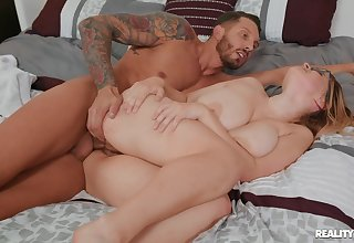 Hot titty fianc� and screw with bodacious blonde Codi Vore